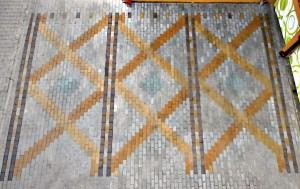 Parking. Betonowa kostka brukowa barwiona barwnikami reaktywnymi Stone Tone Stain i zabezpieczona hydrofobizującym siloksanem R